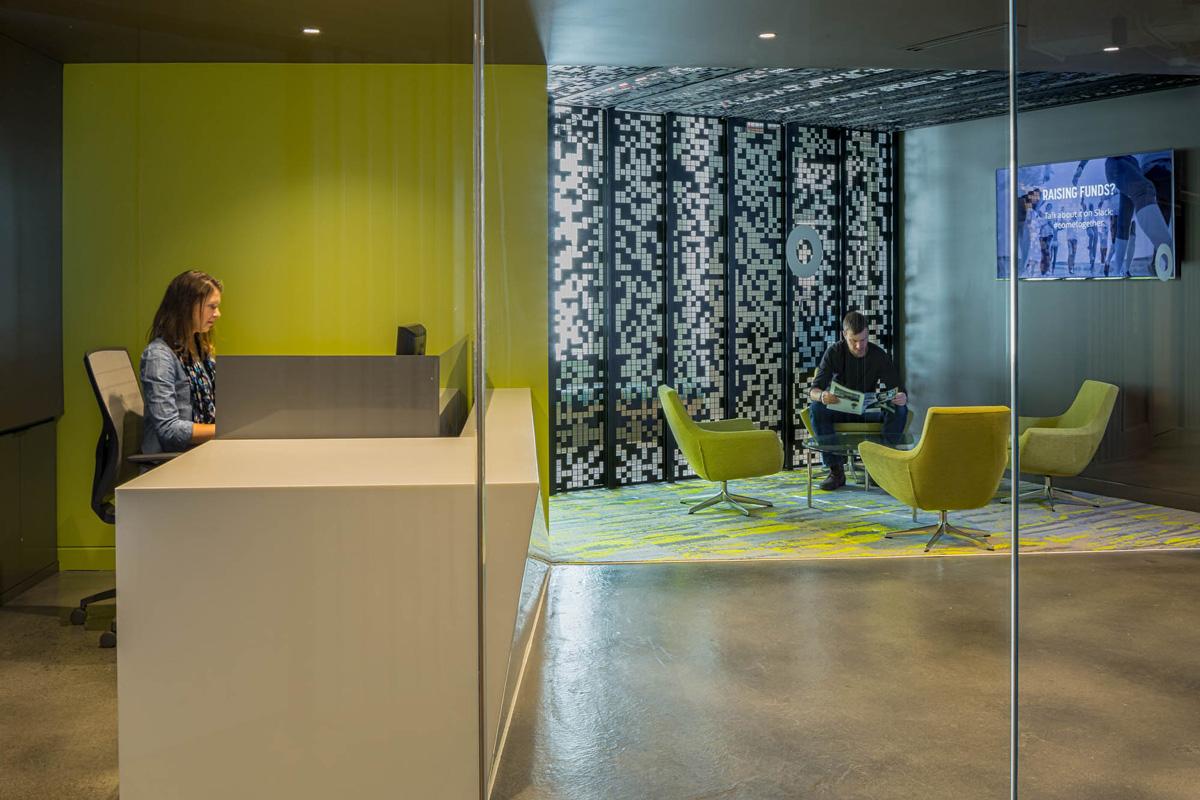 AOL Seattle reception desk and lobby