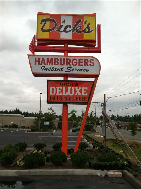 Dick's Drive Inn Sign