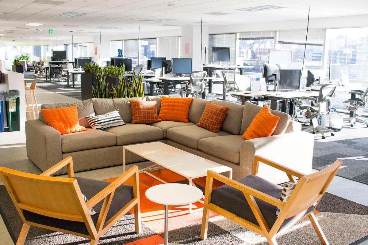 Facebook Metropolitan Park office lounge