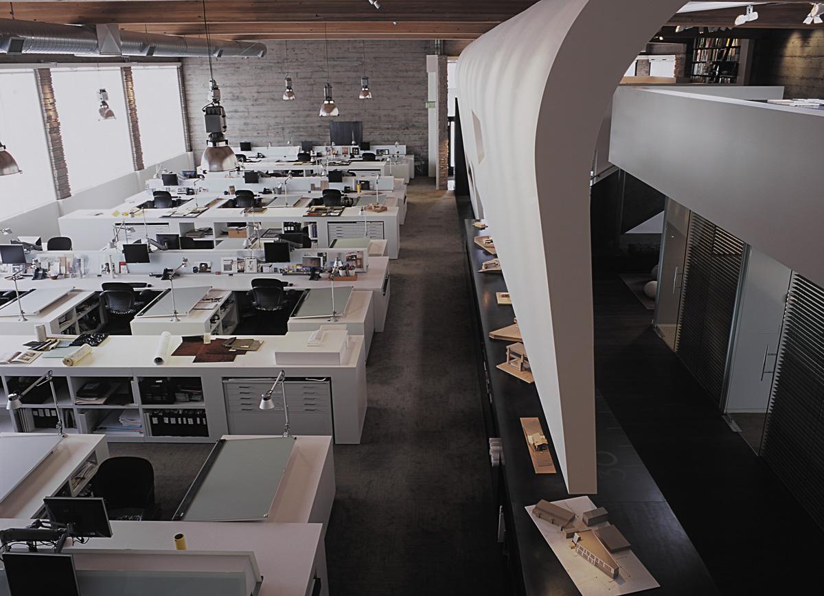 SkB studious open office design